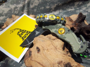 Survivor Ties Paracord Bracelet
