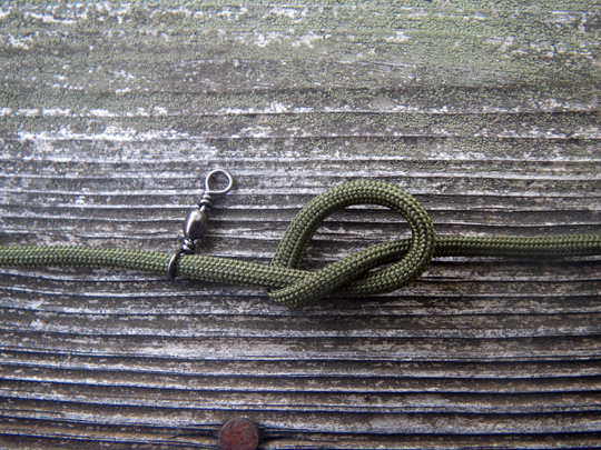 Paracord trotline overhand knot