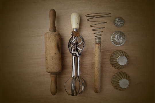 Vintage_Kitchen_Utensils