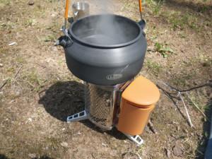 BioLIte Camp Stove Boiling Water