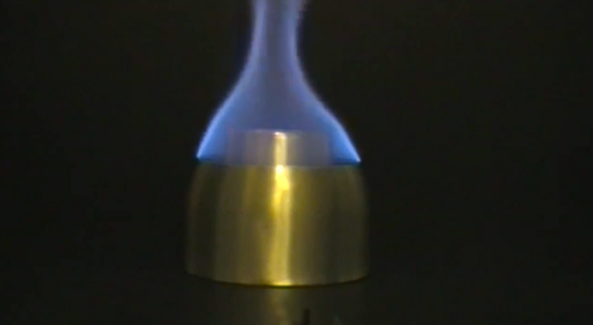 how to make an alcohol stove out of a can
