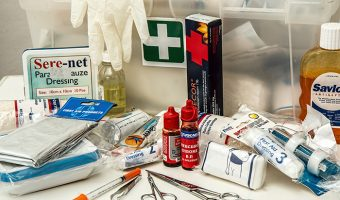 How to Assemble an Ultimate Survival First Aid Kit